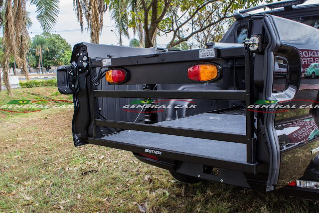 Extensor de Caçamba da Fiat Toro com a Tampa Aberta