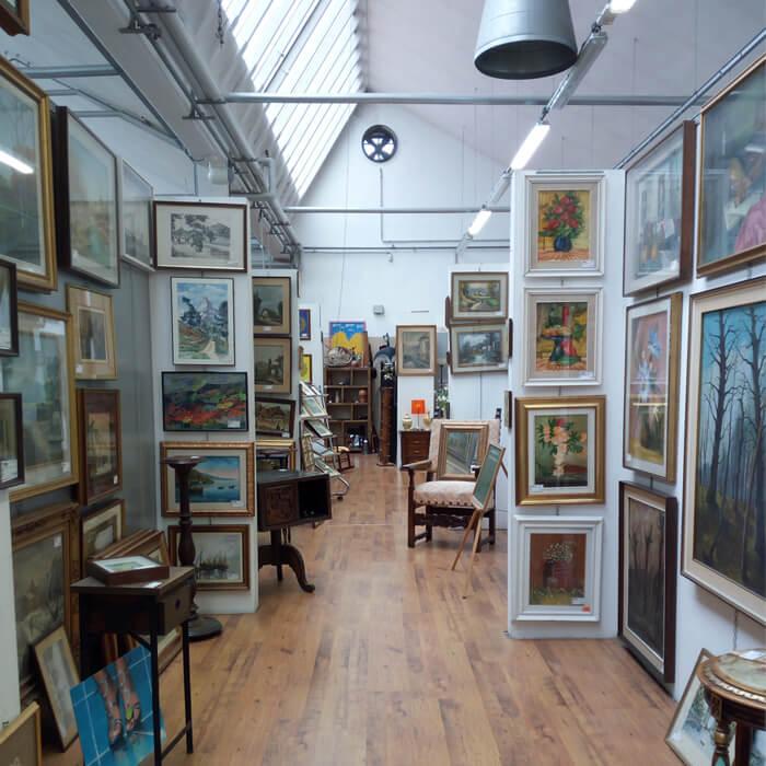 Mercatopoli di Villa Guardia: sezione dedicata ai quadri
