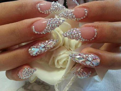 stiletto-nail-designs-that-will-brighten-up-your-day-1