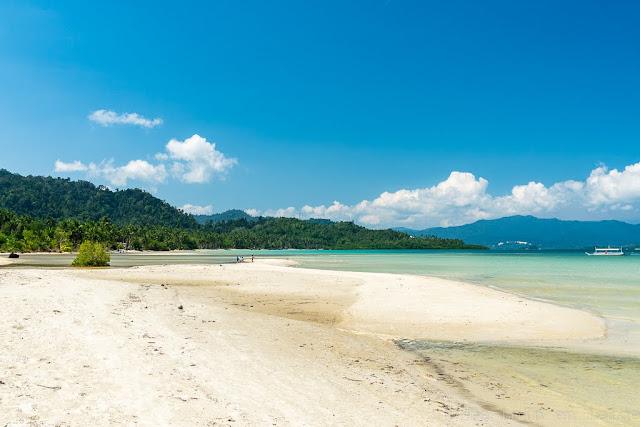 Langon-Port-Barton-Philippines