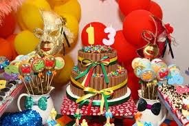 Festinha com tema Carnaval