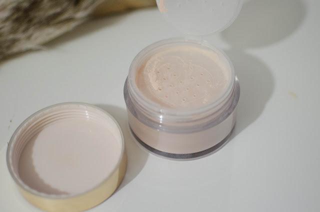 Peach Perfect powder, la poudre libre a la peche signé Toofaced.