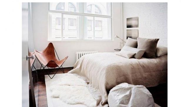 Desain Kamar Tidur Mungil yang Serbaguna