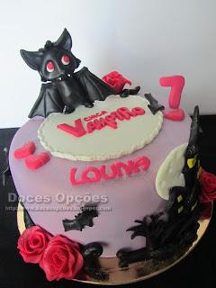 Bolo de aniversário Chica Vampiro bragança