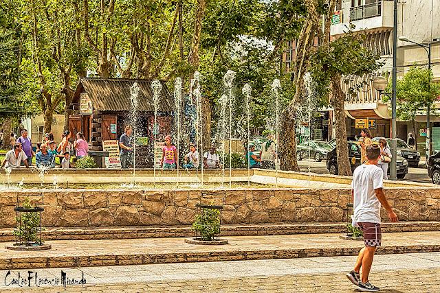 Fuente de agua en la peatonal San Martin, Mar del Plata,Argentina.