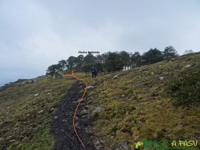 Ruta al Pico Gobia y La Forquita: Camino a Piedra Redonda