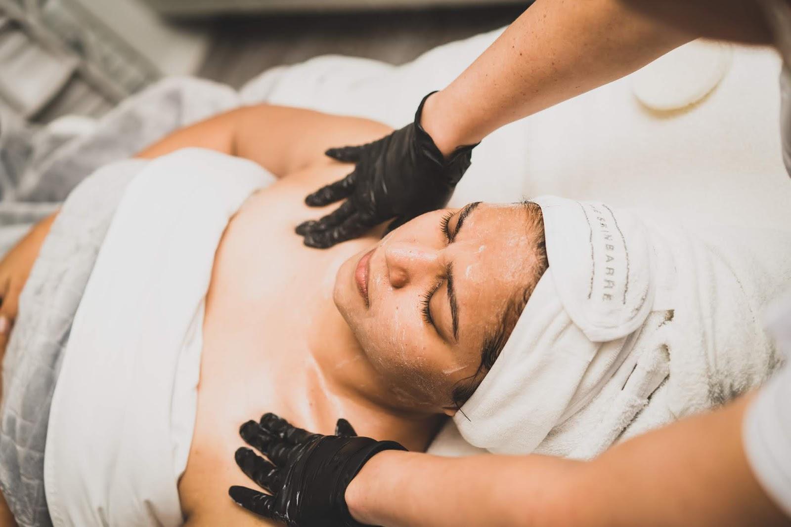 skinbarre med spa experience, facial peel, collagen, beauty, DC blogger, DMV blogger, holiday ready skin, myriad musings