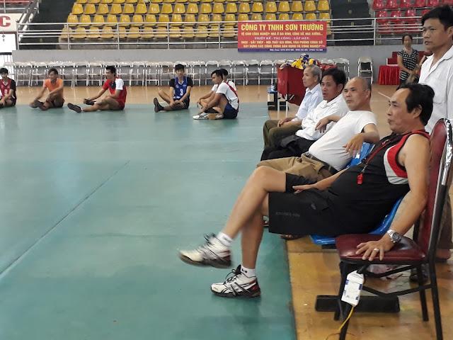 HLV Trần Minh Khang đến với bóng chuyền CATPHCM - Liệu có phá được dớp...?