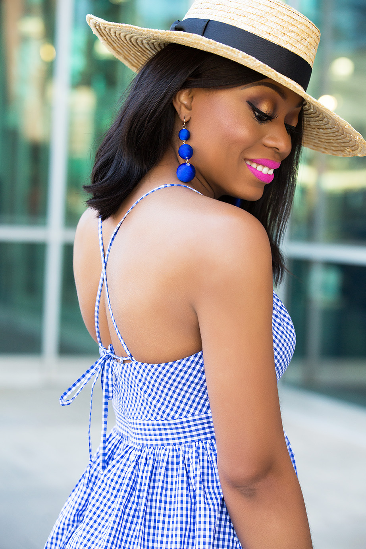 bauble bar drop earrings and gingham dress, www.jadore-fashion.com