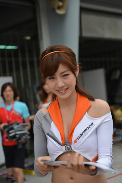 ASIAN AUTO DIGEST: Aya Akanishi 赤西あや Super Gt Race Queen