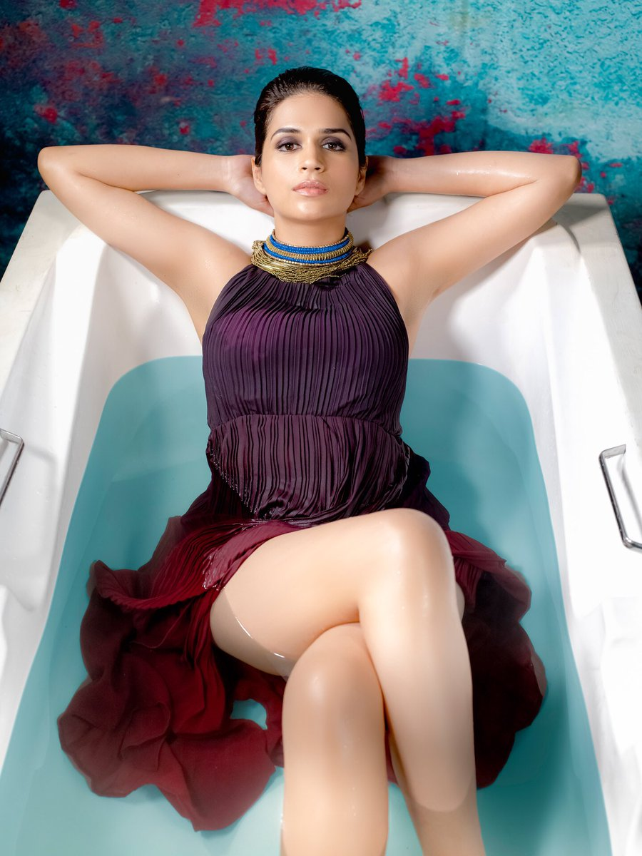 Shraddha Das Hot PhotoShoot