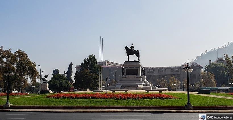 Praça Baquedano - o que fazer em Santiago