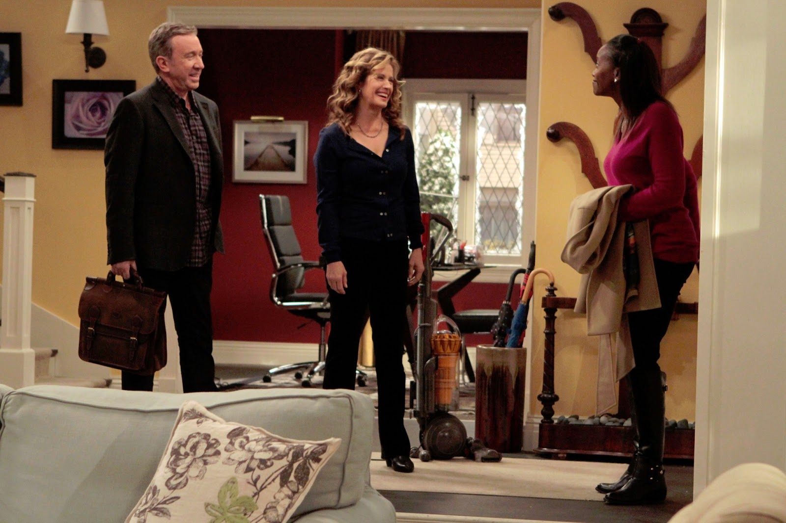 Updated The Help Premieres Tonight January 18th Abc Series Last Man Standing
