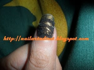 luxury-lace-manicure-pulgar-thumb