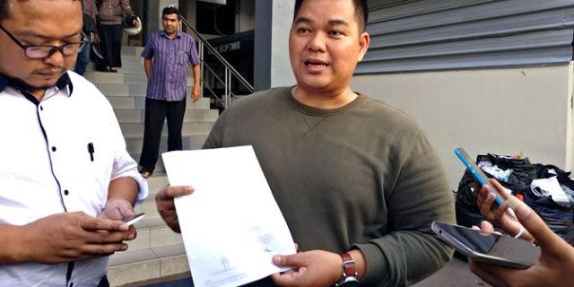 Setelah ditantang jawara Bekasi, kini Ade Armando dipolisikan soal Azan