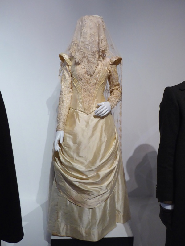 Sherlock Abominable Bride wedding gown
