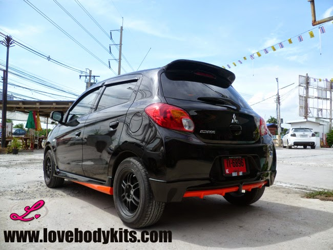 Body Kit Access Plus - Mitsubishi Mirage tampak samping belakang