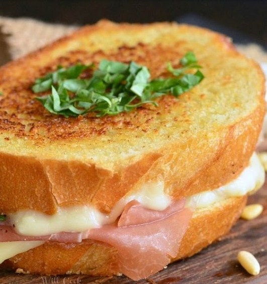 Italian Garlic Bread Grilled Cheese