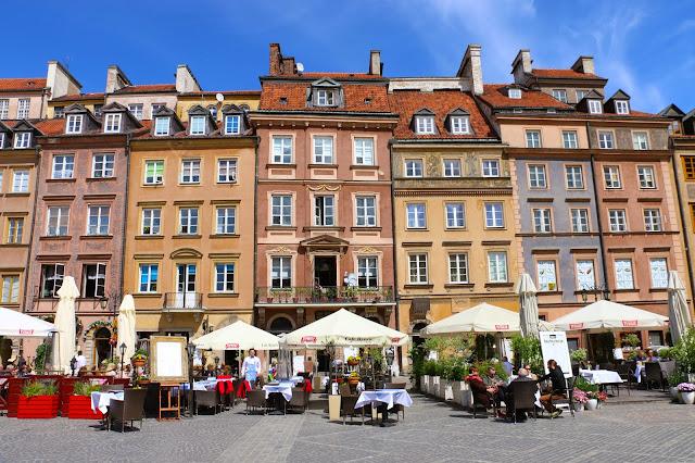 Praça da Cidade Velha, em Varsóvia.