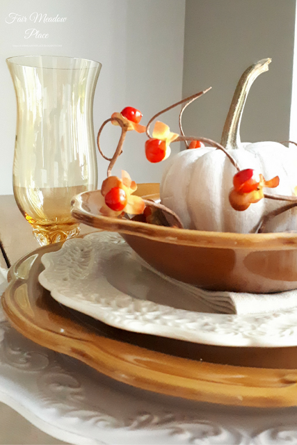 Set the Table - Autumn in the Breakfast Nook