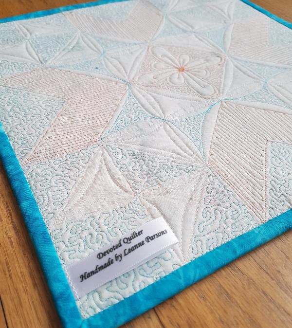 Wyoming Valley quilt block mini   DevotedQuilter.com