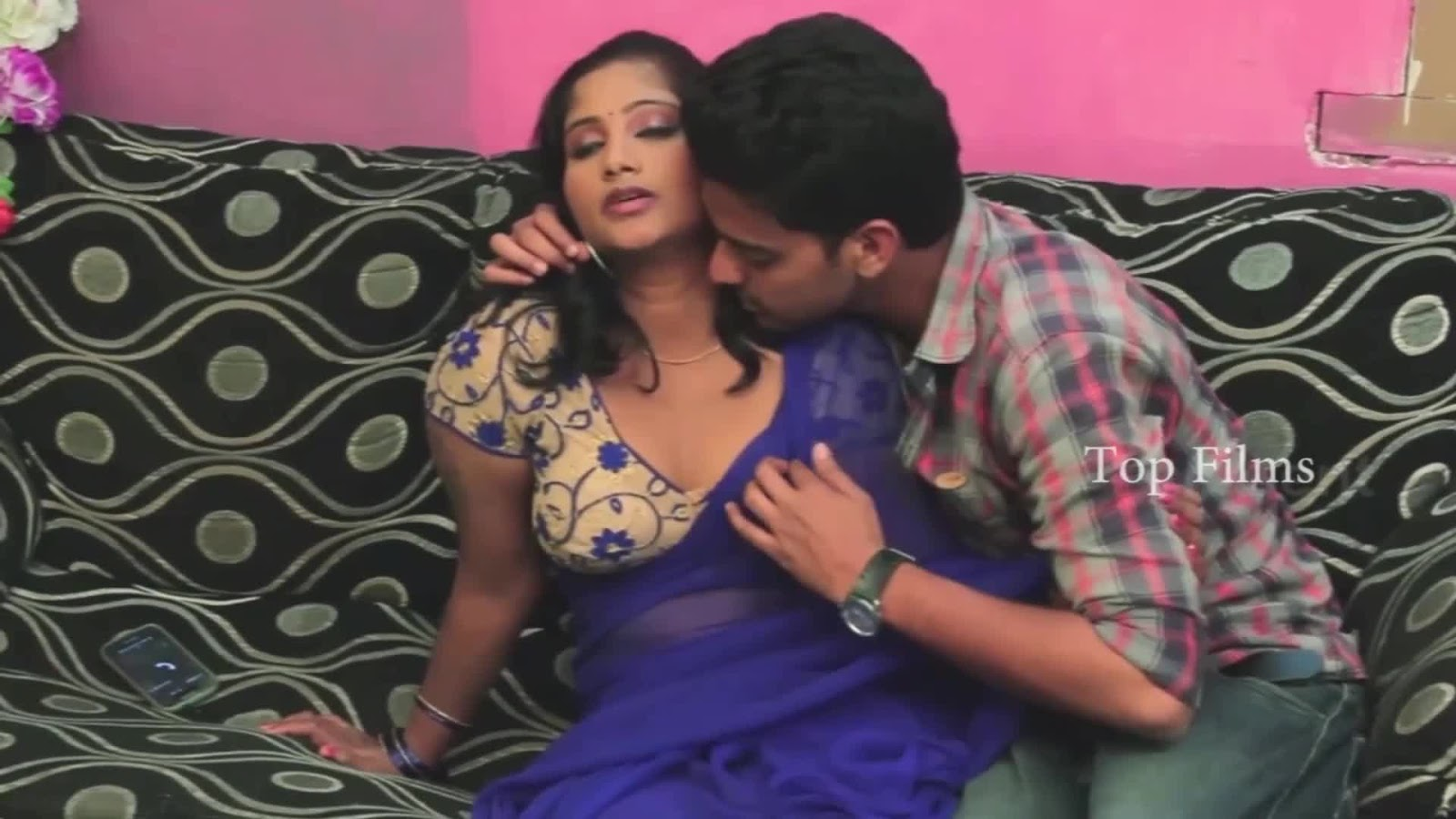 Lip To Lip Kiss With Neighbour Aunty Tamil Short Film-8907