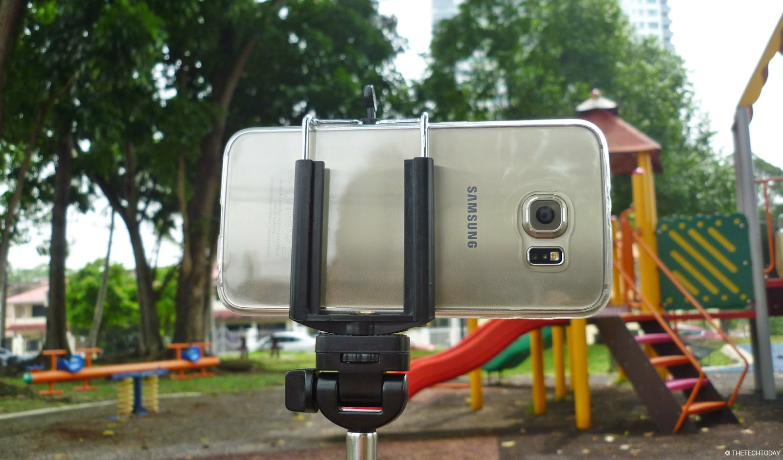 galaxy-s6-gold-camera-selfie-stick