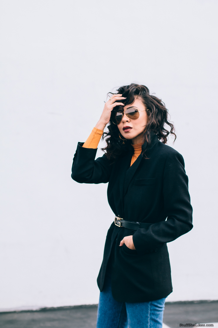 Zara, American Apparel, Black Blazer, Mom Jeans, Gucci belt, Curly hair, Fashion blogger, Top fashion blogger