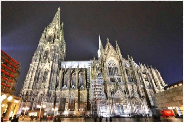 Catedral de Colonia Koln de noche