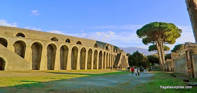 Anfiteatro de Pompeia, palco de lutas de gladiadores