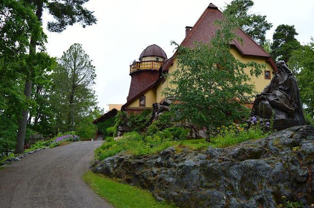Visavuori, valimokahvila Vaniljahelmi, Emil Wikström, museo, ateljee