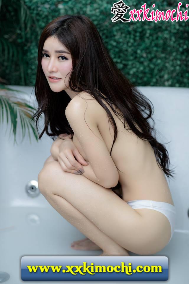 Foto Model Seksi dan Hot Jirawat Chananont 01