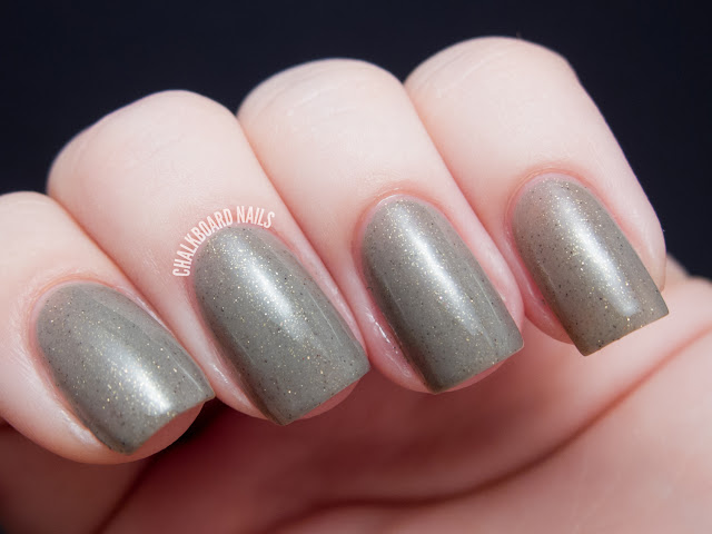 Chalkboard Nails: Contrary Polish Sand