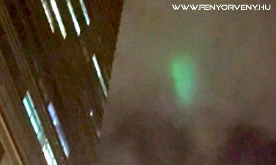 Rejtélyes zöld fényeket észleltek a világ több pontján is