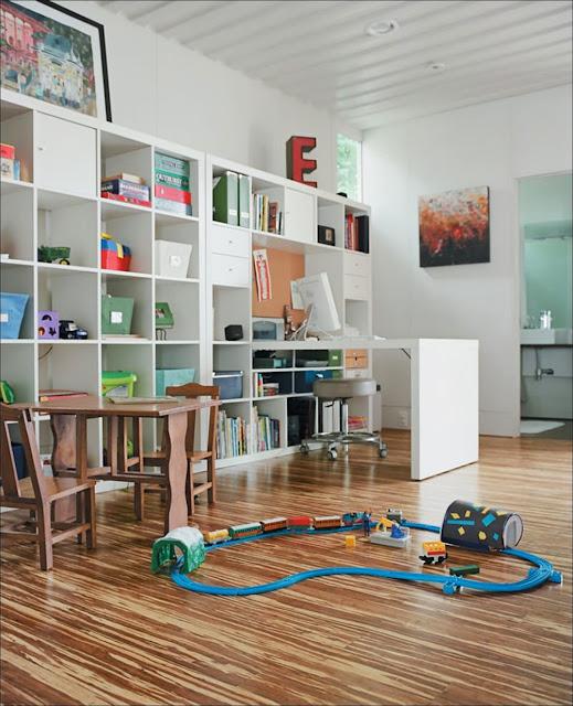 espaço kids Casa família containers