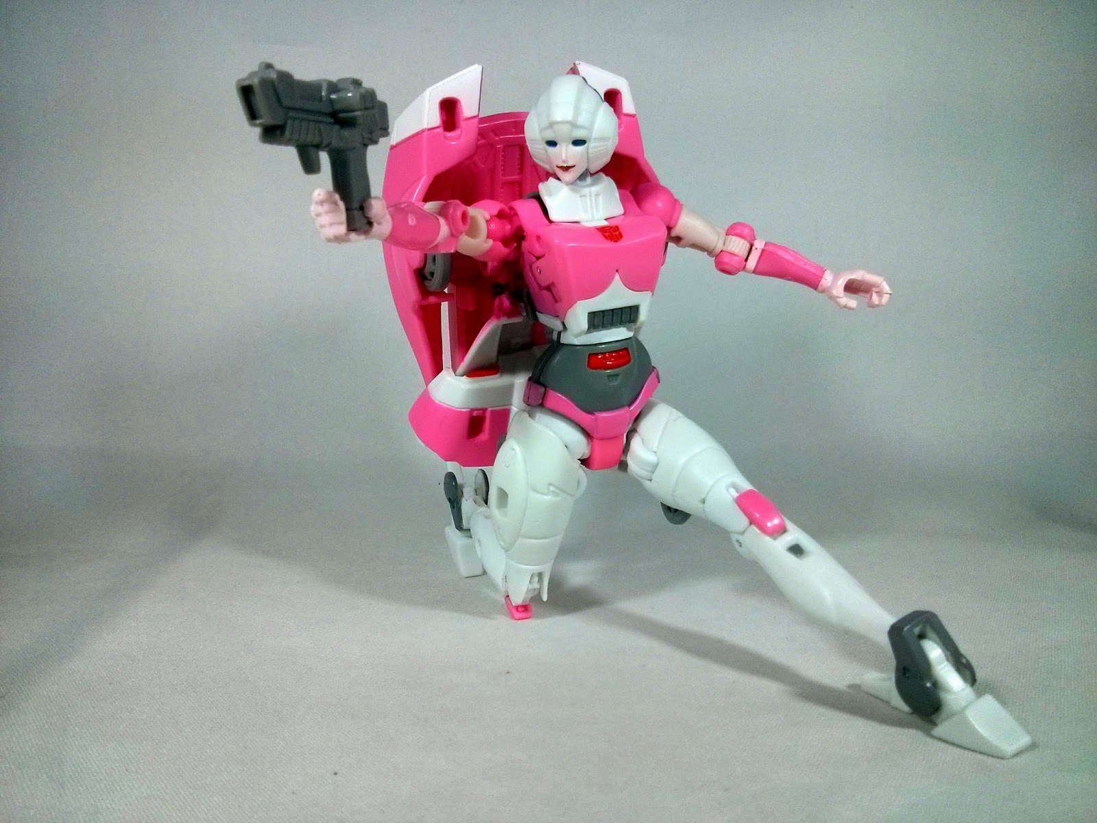 takara transformers legends arcee guns
