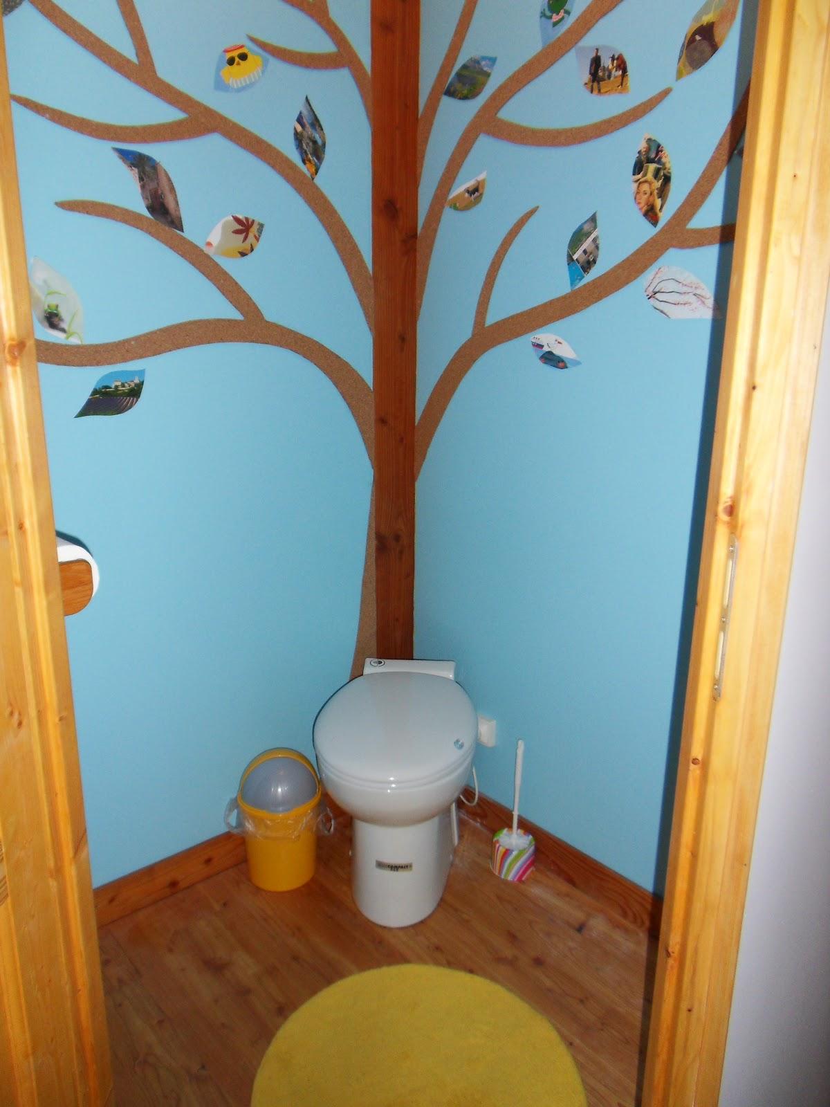naissance d 39 une maison de paille en picardie remise en question des toilettes s ches. Black Bedroom Furniture Sets. Home Design Ideas
