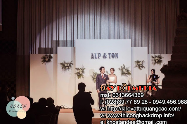 Thi công mẫu backdrop đám cưới cực độc đáo