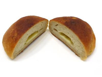 じゃがいもとモッツァレラチーズのフォカッチャ(ローズマリーとにんにく風味) | VIRON(ヴィロン)