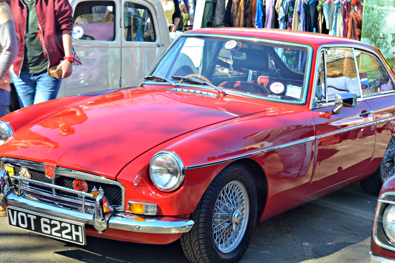 MG at the london classic car boot sale southbank