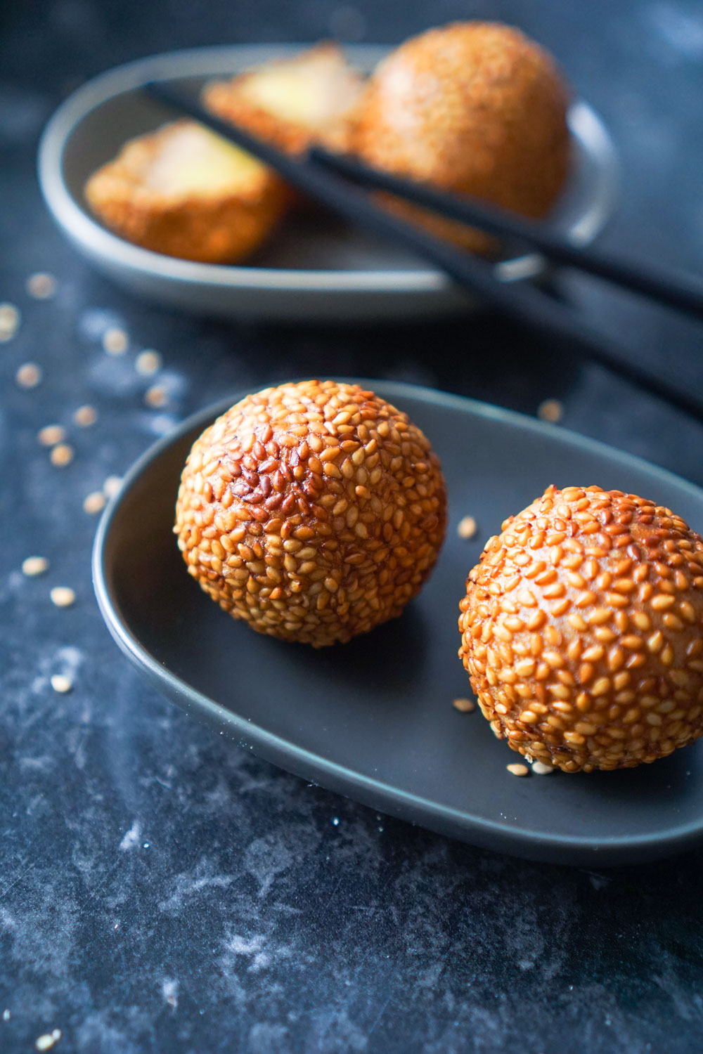 Sesame balls with mung bean filling butsi hungry for goodies sesame balls butsi is a type of fried filipino pastry made from glutinous rice flour the pastry is coated with sesame seeds on the outside and is crisp ccuart Images