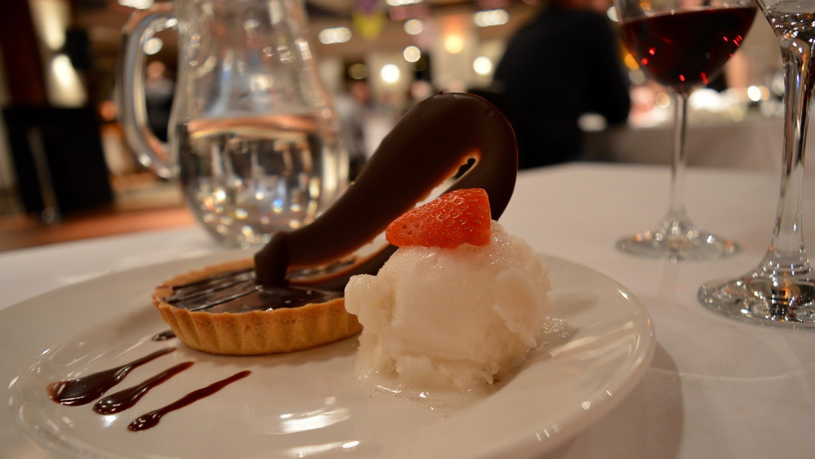 A grown-up date night at Doubletree by Hilton Newcastle Airport with a night of swing and sax with Jason Isaacs in the function room.  - chocolate tart