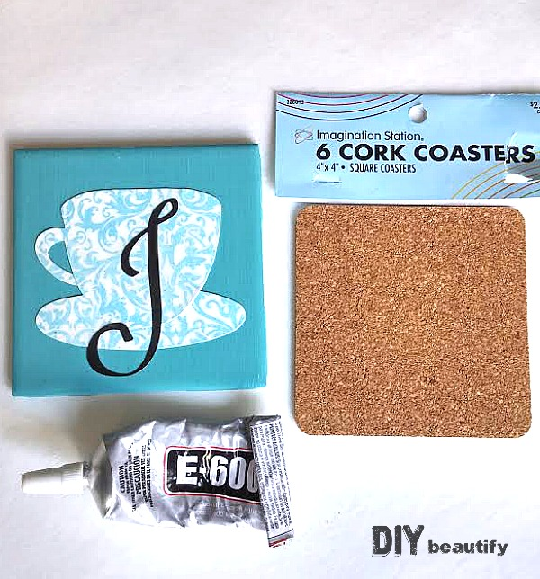 Give the gift of a Custom Coaster, made to suit the personality of the recipient. Find the full tutorial to make a Custom Coaster at DIY beautify!