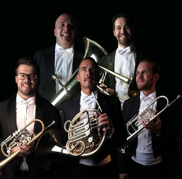 Quinteto dá música na Assembleia Regional