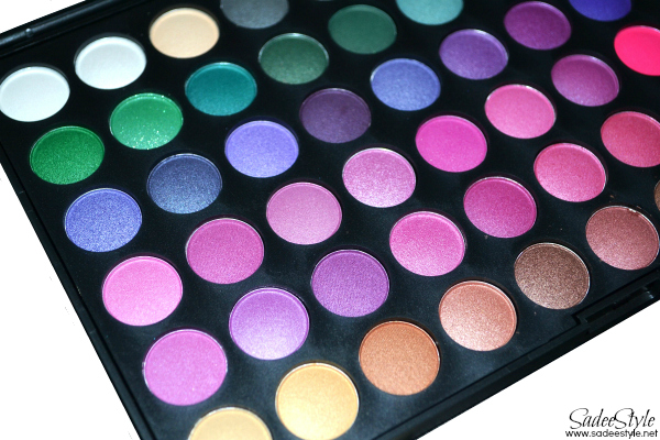 120 Eye shadow palette by Bundle Monster