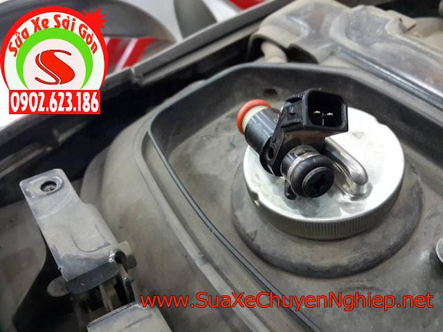 Vệ sinh kim phun xăng điện tử Nouvo giúp tiết kiệm nhiên liệu tốt nhất