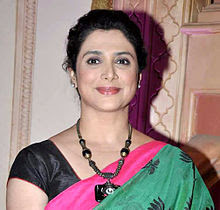 Supriya Pilgaonkar Wiki, Height, Weight, Age, Husband, Family and Biography