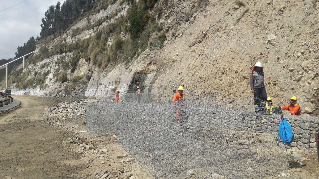 Obras en la autopista La Paz a El Alto serán entregadas hasta el próximo año