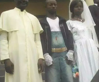 See What Man Wears To Wed His Bride On Wedding Day Everyone Have Been Talking About [Photo]