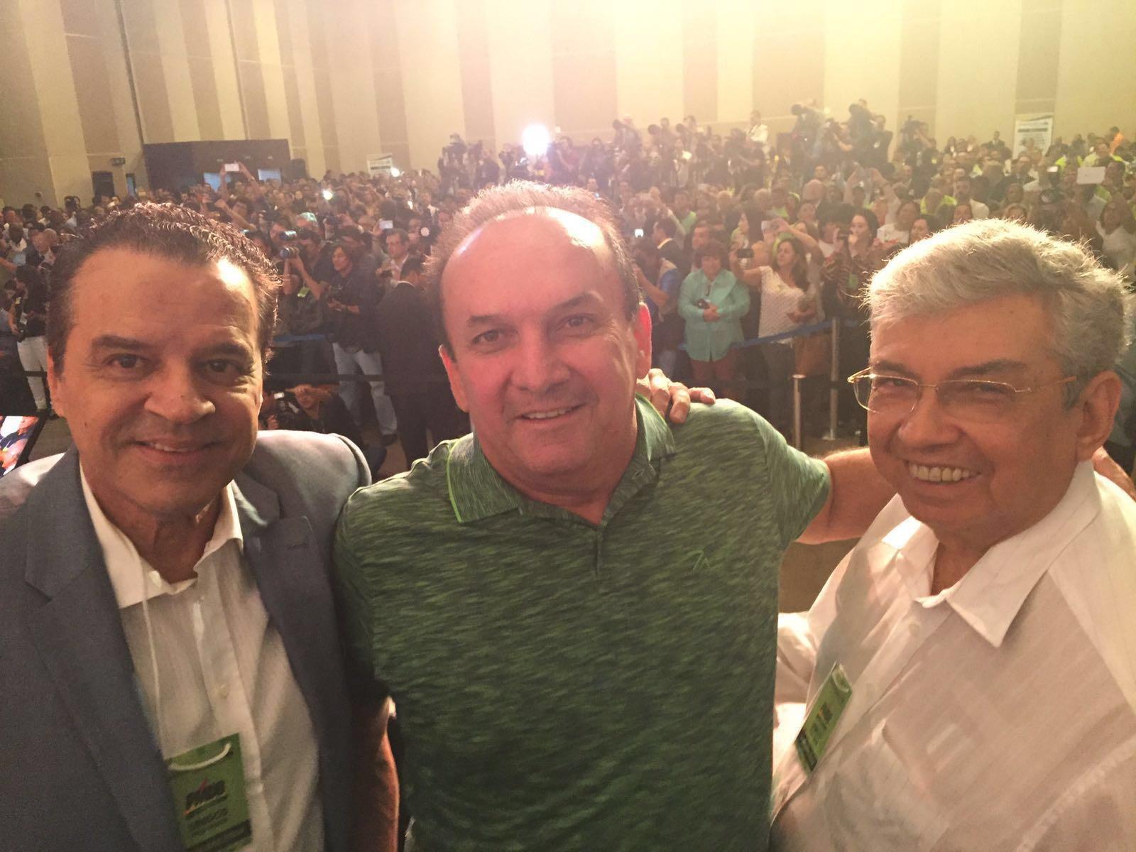 Resultado de imagem para Nelter e Garibaldi Alves